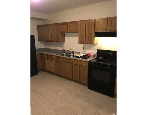 Apartment for Rent at 74 West Third Street #74 74 West Third Street #74 Lowell, Massachusetts 01850 United States