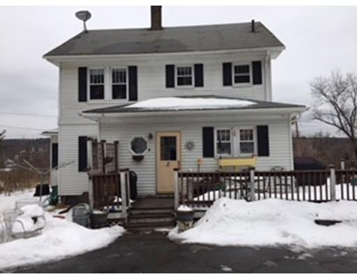 واحد منزل الأسرة للـ Sale في 4 Fern Hill road 4 Fern Hill road Monson, Massachusetts 01057 United States