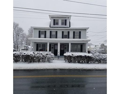 متعددة للعائلات الرئيسية للـ Sale في 690 Streetevens Street 690 Streetevens Street Lowell, Massachusetts 01851 United States