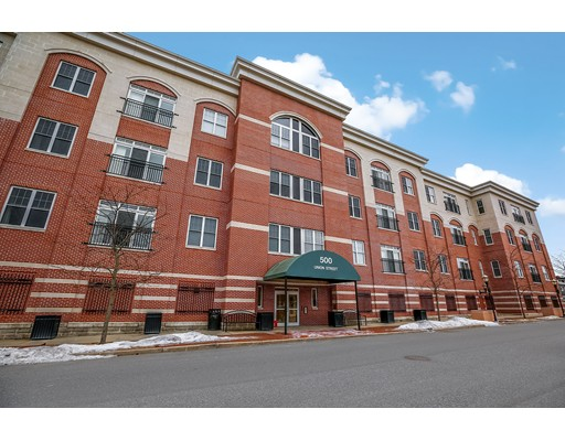 Кондоминиум для того Продажа на 500 Union Street 500 Union Street Westborough, Массачусетс 01581 Соединенные Штаты