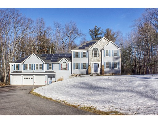 Casa Unifamiliar por un Venta en 57 Bayberry Hill Road Townsend, Massachusetts 01474 Estados Unidos