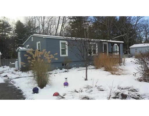 Single Family Home for Sale at 11 Sunny Lane 11 Sunny Lane Fremont, New Hampshire 03044 United States