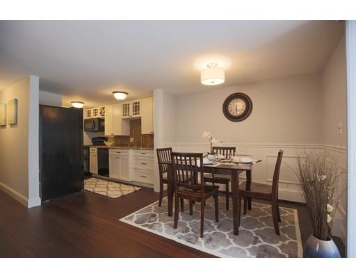 共管式独立产权公寓 为 销售 在 8 Adams Court 8 Adams Court Amesbury, 马萨诸塞州 01913 美国