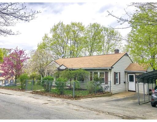 Maison unifamiliale pour l Vente à 76 Payson Street 76 Payson Street Fitchburg, Massachusetts 01420 États-Unis