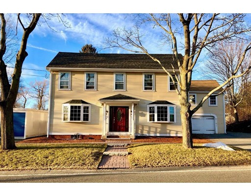 Single Family Home for Sale at 238 Conant Street 238 Conant Street Danvers, Massachusetts 01923 United States