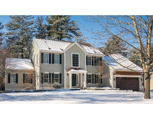 Casa Unifamiliar por un Venta en 6 Lexington Circle Bedford, Massachusetts 01730 Estados Unidos