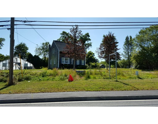 Single Family Home for Sale at 141 S Main Street 141 S Main Street Freetown, Massachusetts 02702 United States