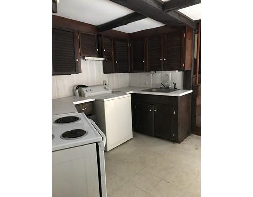 公寓 为 出租 在 136 Peach hill rd #2 136 Peach hill rd #2 Berlin, 马萨诸塞州 01503 美国