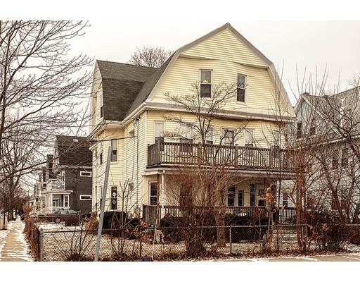 Condominio por un Venta en 126 Massachusetts Ave. #3 126 Massachusetts Ave. #3 Arlington, Massachusetts 02474 Estados Unidos