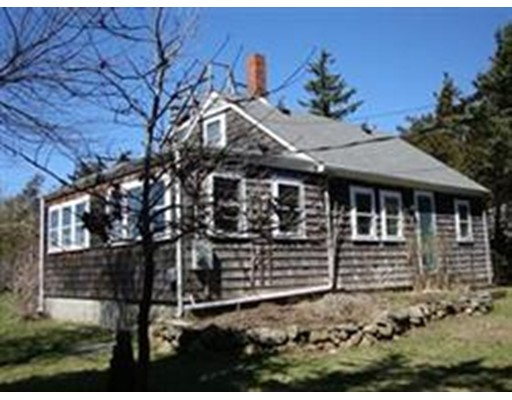 Single Family Home for Rent at 43 Lawrence Ave #WEEKLY 43 Lawrence Ave #WEEKLY Westport, Massachusetts 02790 United States