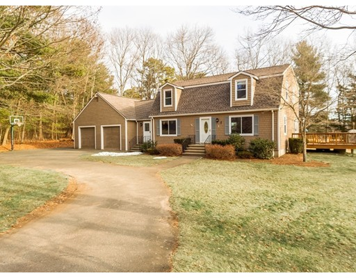 Single Family Home for Sale at 5 Brookside Road Middleton, Massachusetts 01949 United States