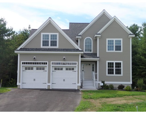 واحد منزل الأسرة للـ Sale في 5 Pond Street 5 Pond Street Pepperell, Massachusetts 01463 United States