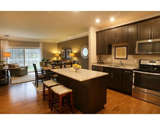 Condominio por un Venta en 459 River Road (Unit 1409) 459 River Road (Unit 1409) Andover, Massachusetts 01810 Estados Unidos