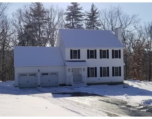 Single Family Home for Sale at 46 Appleblossom Drive 46 Appleblossom Drive Ayer, Massachusetts 01432 United States