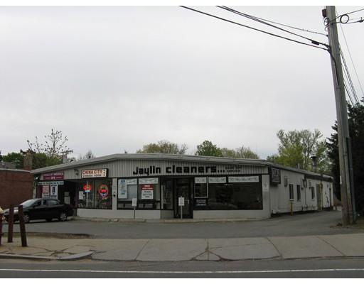 Commercial pour l Vente à 1160 Beacon Street 1160 Beacon Street Newton, Massachusetts 02461 États-Unis