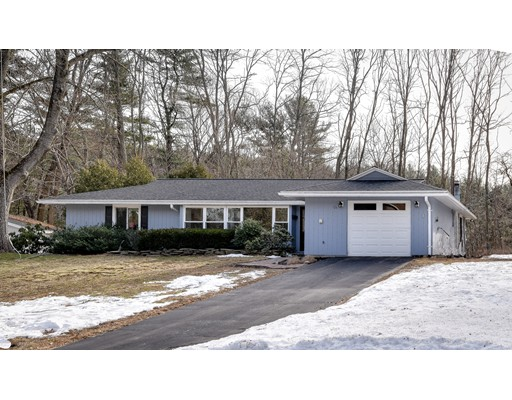 Single Family Home for Sale at 124 Nob Hill Drive 124 Nob Hill Drive Framingham, Massachusetts 01701 United States