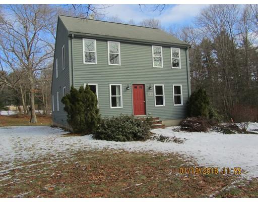 Casa Unifamiliar por un Alquiler en 904 Auburn Street 904 Auburn Street Bridgewater, Massachusetts 02324 Estados Unidos