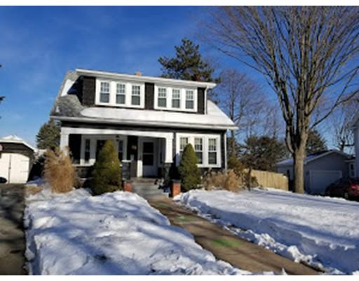 独户住宅 为 销售 在 6 Cherry Hl 6 Cherry Hl Holyoke, 马萨诸塞州 01040 美国