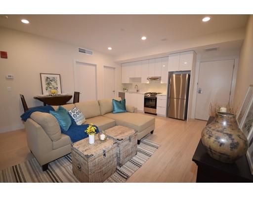 Condominio por un Venta en 121 Portland Street 121 Portland Street Boston, Massachusetts 02114 Estados Unidos