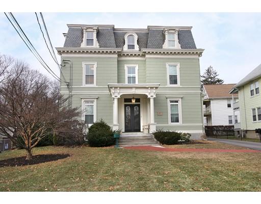 Appartement en copropriété pour l Vente à 115 Jewett St #1 115 Jewett St #1 Newton, Massachusetts 02458 États-Unis