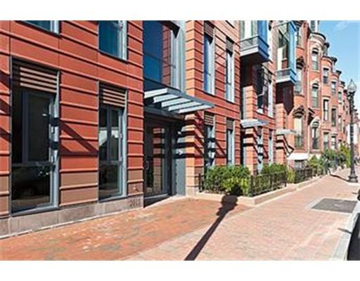 Casa Unifamiliar por un Alquiler en 691 Massachusetts Boston, Massachusetts 02118 Estados Unidos