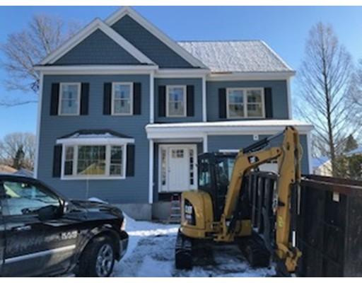 Частный односемейный дом для того Продажа на 34 Hamilton Avenue 34 Hamilton Avenue Dedham, Массачусетс 02026 Соединенные Штаты