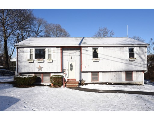Single Family Home for Sale at 16 Andrew Avenue 16 Andrew Avenue Hull, Massachusetts 02045 United States