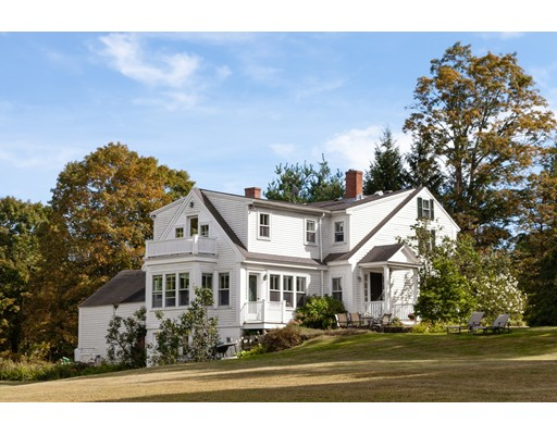 Single Family Home for Sale at 700 South Street 700 South Street Carlisle, Massachusetts 01741 United States