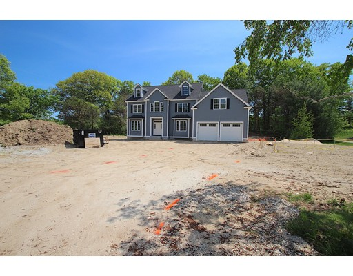 Single Family Home for Sale at 6 Brown Loaf Road 6 Brown Loaf Road Groton, Massachusetts 01450 United States