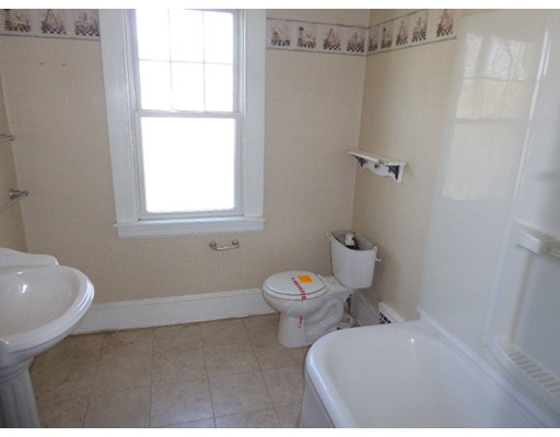 796 THOMPSONVILLE ED, Suffield, CT, 06078