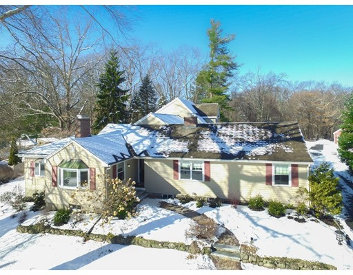 Single Family Home for Sale at 5 Timber Lane 5 Timber Lane Wayland, Massachusetts 01778 United States