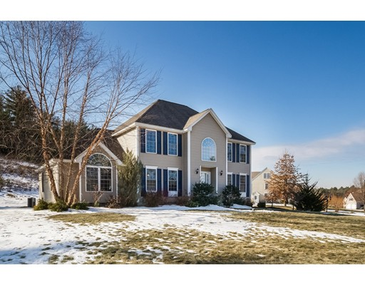Single Family Home for Sale at 219 Arlene Drive 219 Arlene Drive Pelham, New Hampshire 03076 United States