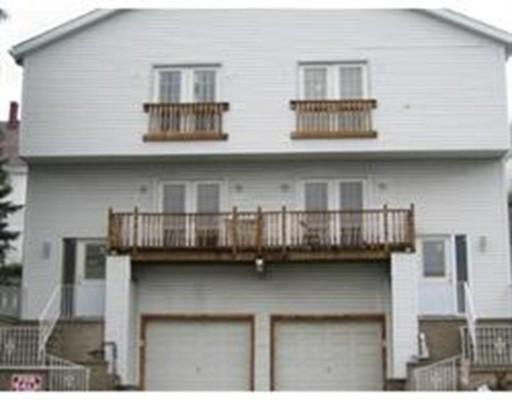 独户住宅 为 销售 在 658 Broadway Street 658 Broadway Street Revere, 马萨诸塞州 02151 美国