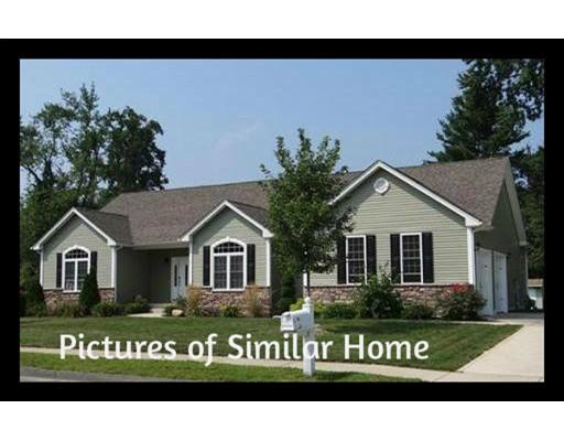 Casa Unifamiliar por un Venta en 1 Halons Way 1 Halons Way Southampton, Massachusetts 01073 Estados Unidos
