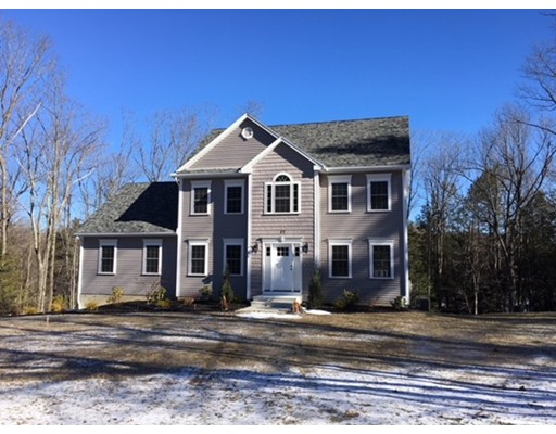 Single Family Home for Sale at 37 Crowningshield 37 Crowningshield Paxton, Massachusetts 01612 United States