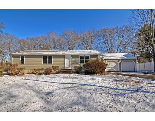 واحد منزل الأسرة للـ Sale في 55 Hall Street 55 Hall Street Brockton, Massachusetts 02302 United States