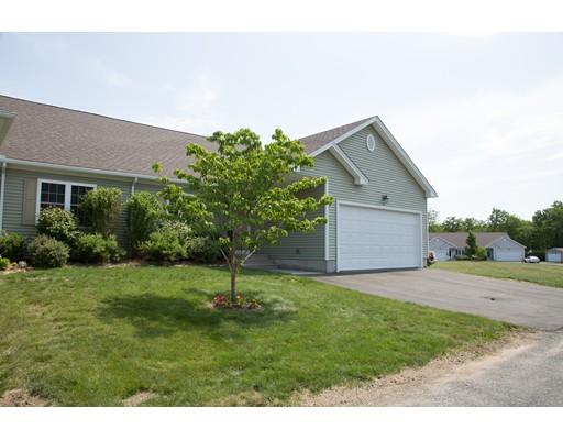 共管式独立产权公寓 为 销售 在 111 Daniel Shays HW 贝尔彻敦, 马萨诸塞州 01007 美国