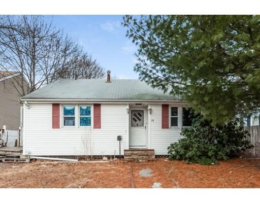 واحد منزل الأسرة للـ Sale في 15 Holbrook Avenue 15 Holbrook Avenue Brockton, Massachusetts 02301 United States