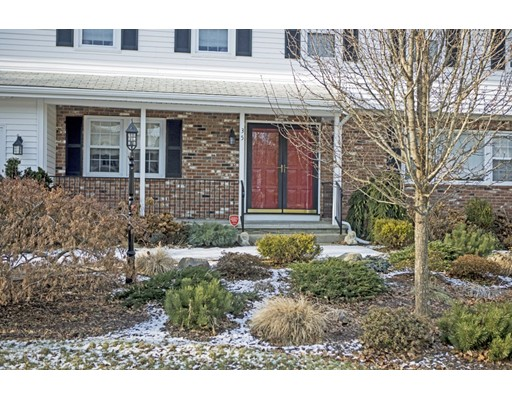 Single Family Home for Sale at 35 Skyline Drive 35 Skyline Drive Dartmouth, Massachusetts 02747 United States