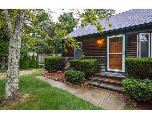 Single Family Home for Sale at 842 West Falmouth Highway 842 West Falmouth Highway Falmouth, Massachusetts 02574 United States