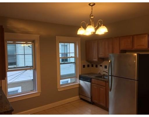 独户住宅 为 出租 在 262 belmont Street 沃特敦, 02472 美国