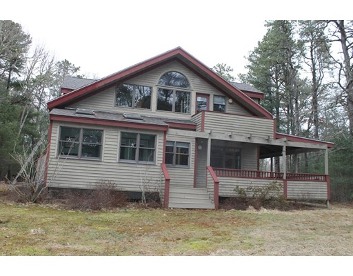 Single Family Home for Sale at 15 Ostrom Road 15 Ostrom Road Falmouth, Massachusetts 02536 United States