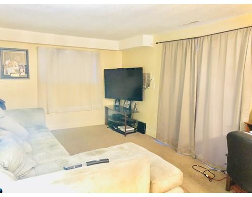 شقة بعمارة للـ Rent في 3 Greenbriar #109 3 Greenbriar #109 North Reading, Massachusetts 01864 United States