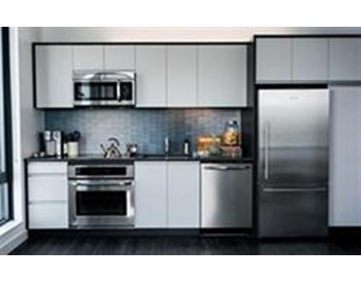 Single Family Home for Rent at 10 New Street Boston, Massachusetts 02128 United States