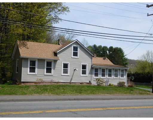 Casa Unifamiliar por un Venta en 30 Huntington Road Russell, Massachusetts 01071 Estados Unidos