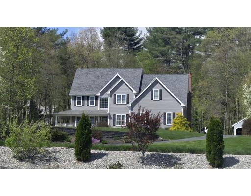 Частный односемейный дом для того Продажа на 11 Colicum Drive 11 Colicum Drive Charlton, Массачусетс 01507 Соединенные Штаты