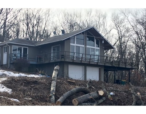 Single Family Home for Sale at 353 Brimstone Lane 353 Brimstone Lane Framingham, Massachusetts 01701 United States