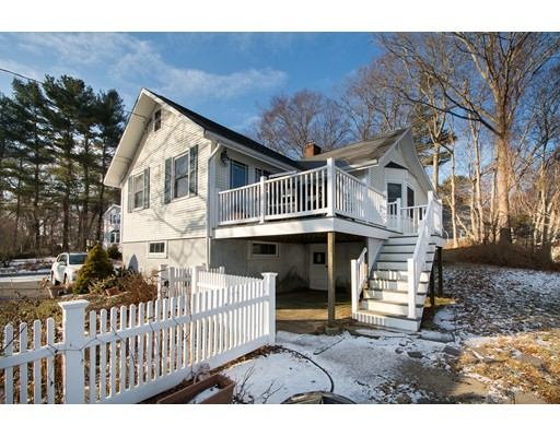 Single Family Home for Sale at 390 Monponsett Street 390 Monponsett Street Halifax, Massachusetts 02338 United States