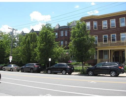 Appartement pour l à louer à 36 Beacon Street #1 36 Beacon Street #1 Somerville, Massachusetts 02143 États-Unis