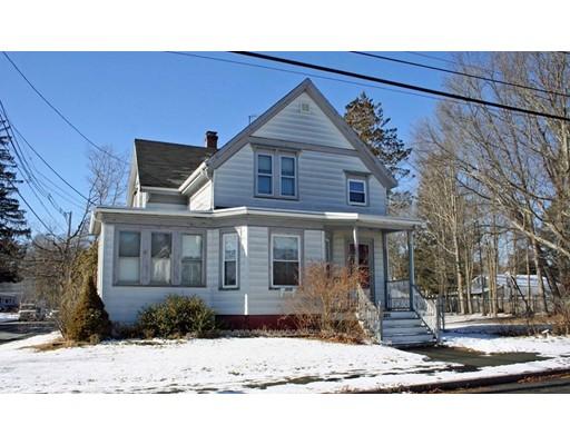 واحد منزل الأسرة للـ Sale في 201 Copeland Street 201 Copeland Street Brockton, Massachusetts 02301 United States